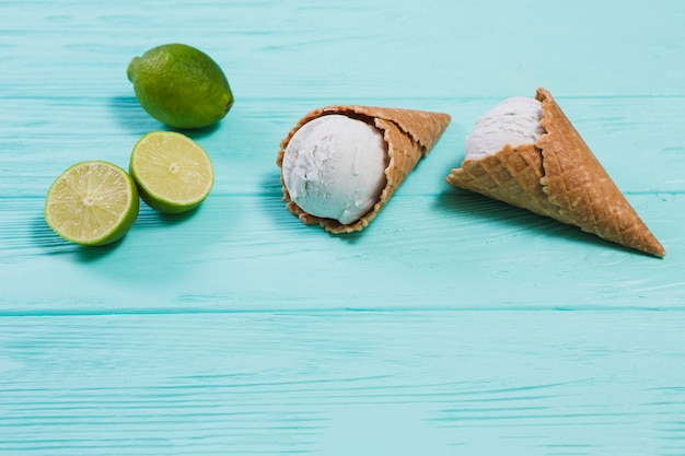 Lima cerca de sabroso helado
