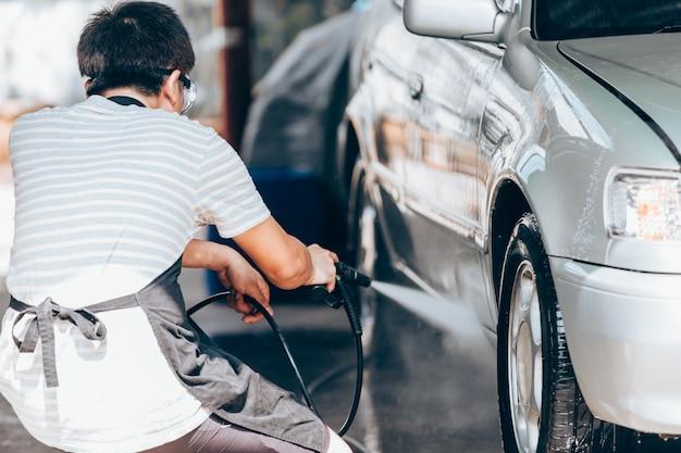 Limpieza de lavado de autos, limpieza de autos con agua a alta presión