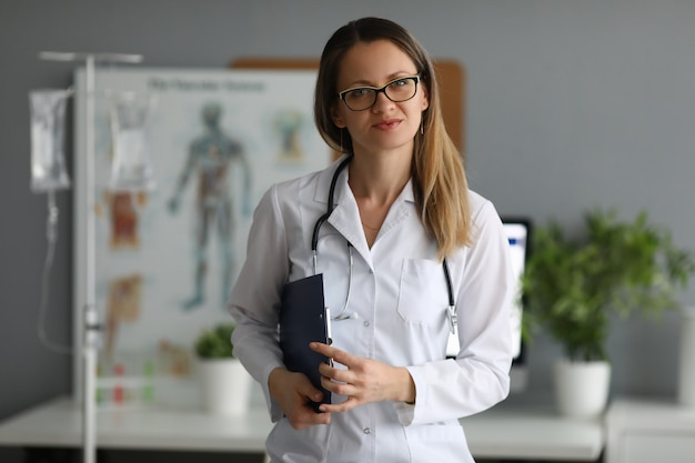 Linda doctora