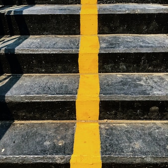 Línea amarilla