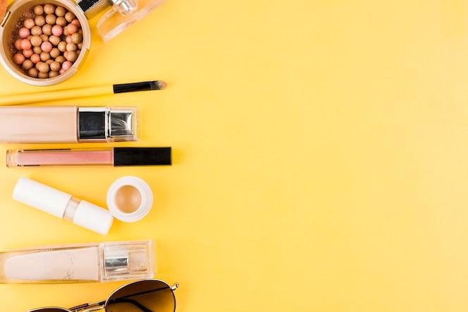 Línea cosmética decorativa