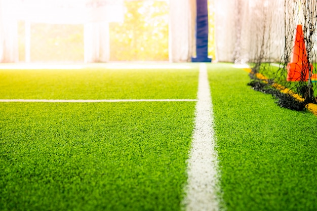 Línea divisoria de un campo de entrenamiento de fútbol de fútbol sala