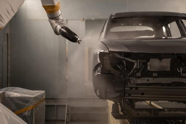 Línea de producción de la planta de automóviles, taller de pintura.