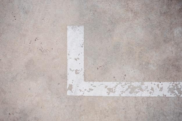 Línea suelo de aparcamiento