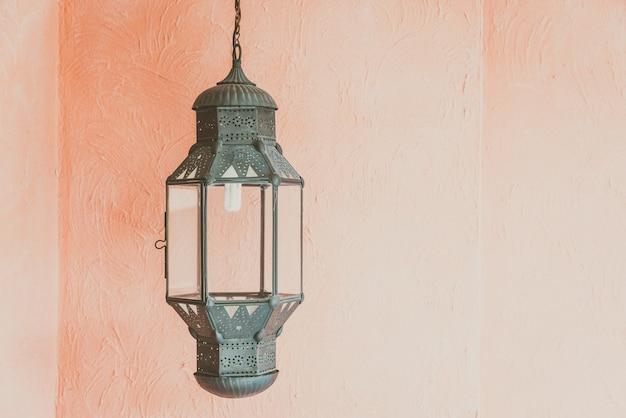 Linterna árabe de diseño de decoración.