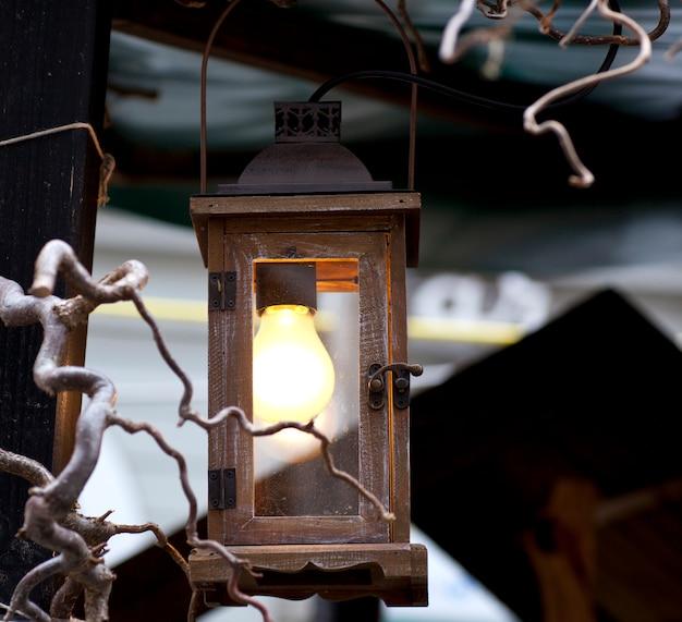 Linterna de madera