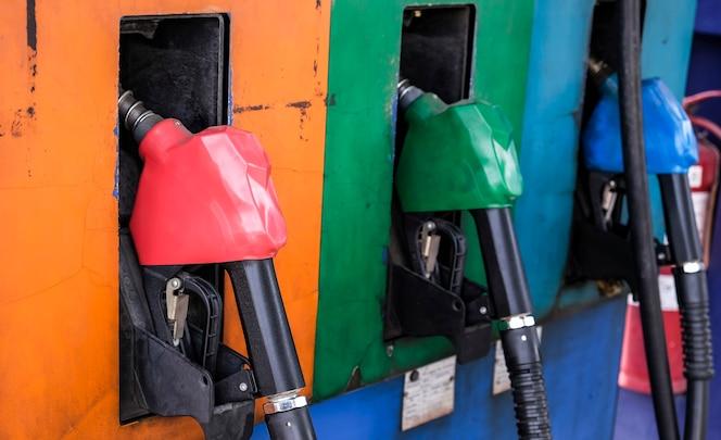Llenado de la bomba de gasolina