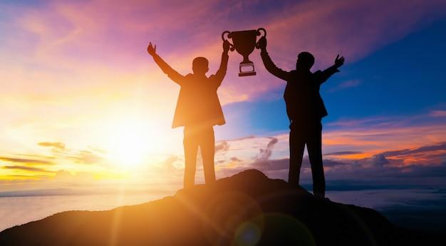 Logro y éxito de la meta comercial