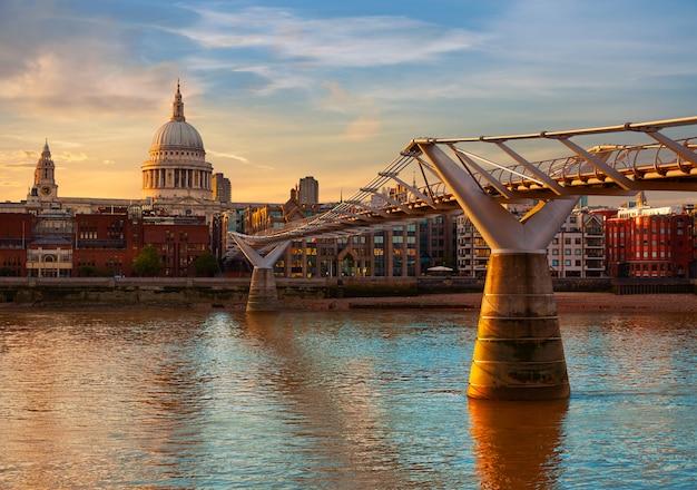 Londres catedral de san pablo pablo del milenio