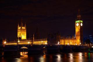 Londres parlamento en la noche arquitectura