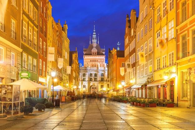 Long lane y golden gate, el casco antiguo de gdansk, polonia