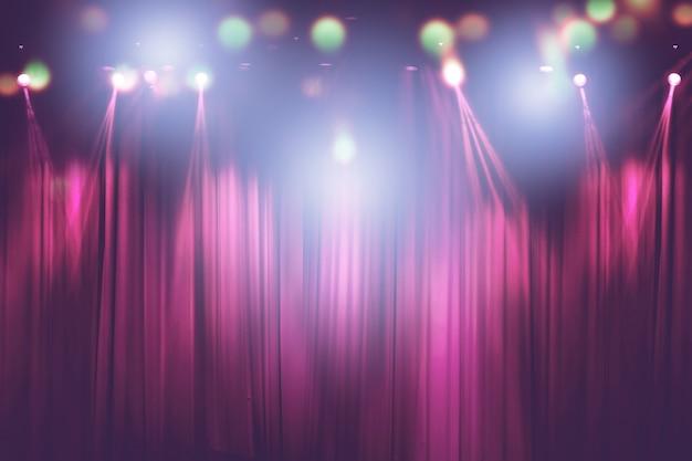 Luces borrosas en el escenario, imagen abstracta de iluminación de concierto