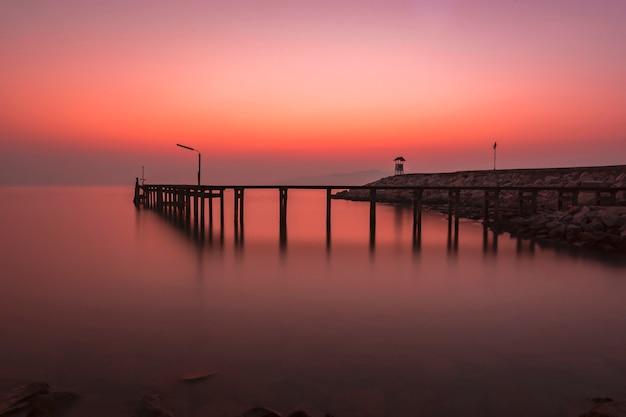 Luz de madrugada con el sentimiento solitario.