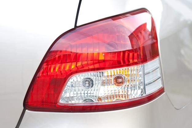 Luz trasera en el coche