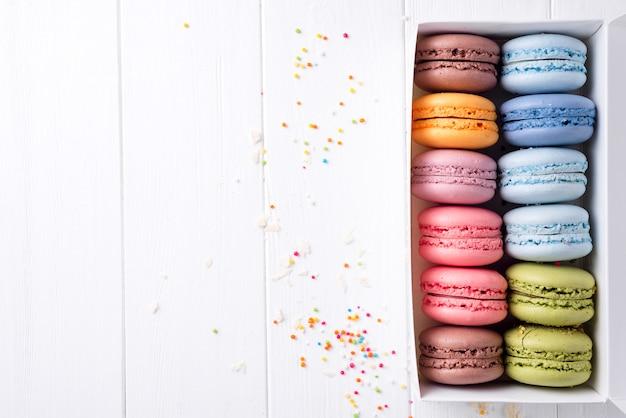 Macarrones de colores. macarrones dulces.