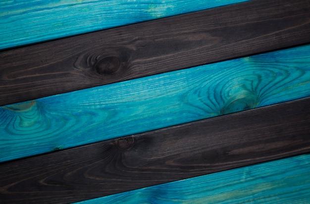 Madera azul oscuro