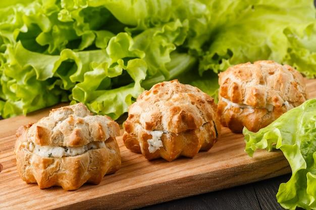 Magdalenas de patata con carne de pollo y queso