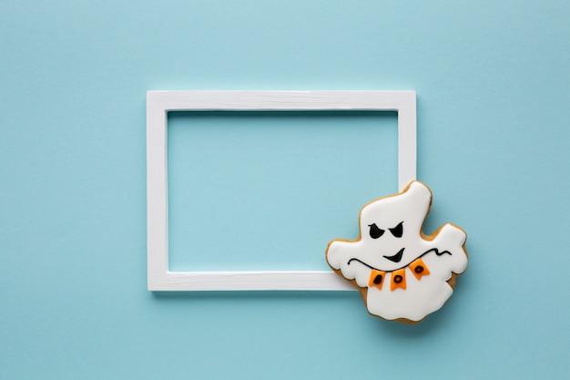 Mal cookie fantasma de halloween con marco