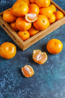 Mandarinas clementinas frescas y jugosas.