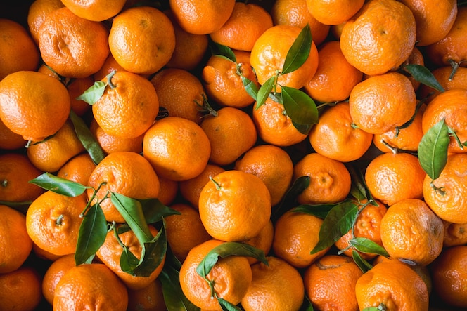 Mandarinas en un mercado