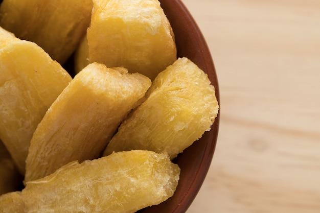 Mandioca frita brasileña
