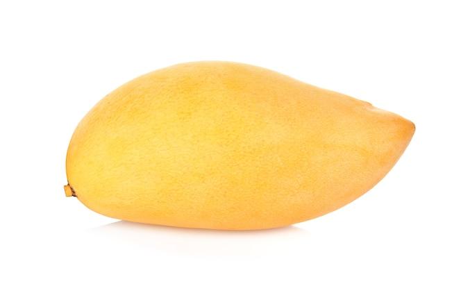 Mangos en el fondo blanco