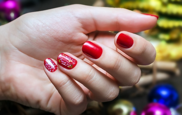 Manicura roja de navidad