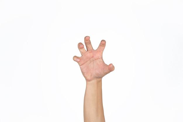 La mano del hombre asiático abre la palma y publica como una garra de animal en un fondo blanco aislado de luz de estudio con trazado de recorte.