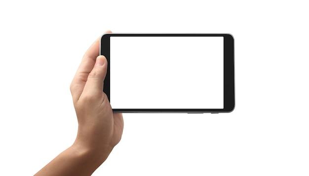 Mano que sostiene la tableta con pantalla en blanco aislado sobre fondo blanco.