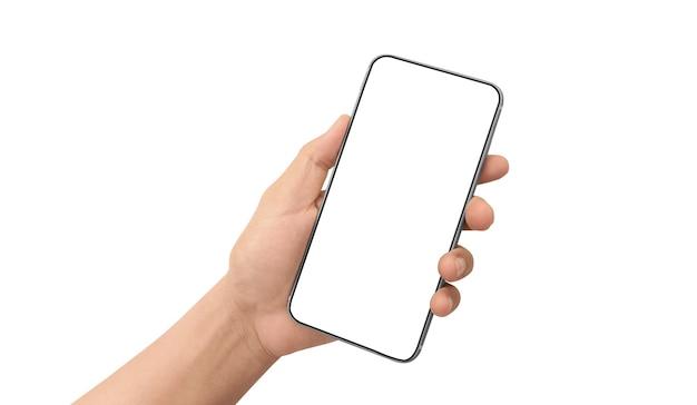 Mano que sostiene el teléfono inteligente con pantalla en blanco aislado sobre fondo blanco.