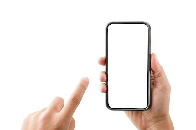 Mano que sostiene el teléfono inteligente y tocar la pantalla en blanco