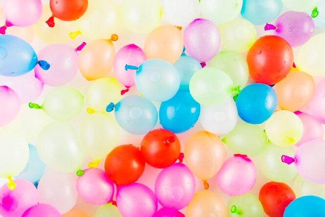 Manojo de globos de colores