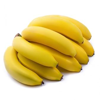 Manojo de plátanos aislados en un fondo blanco