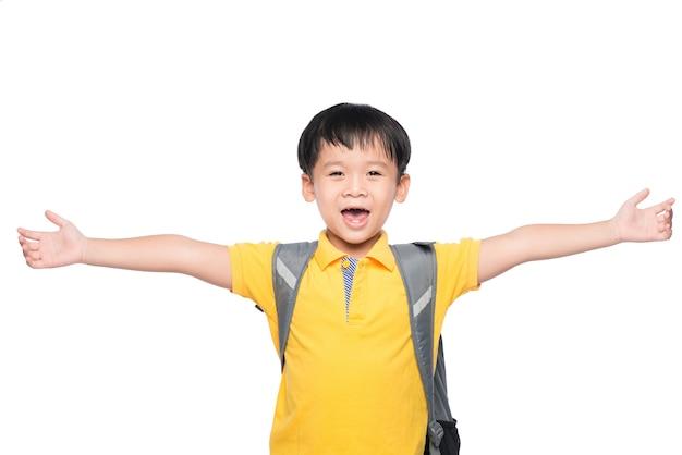Manos de gesto de sonrisa de joven asiático listo para la escuela