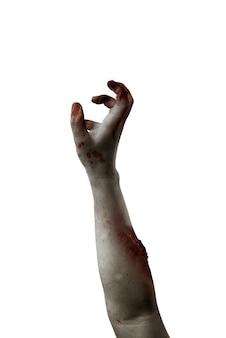 Manos de zombie con herida aislado sobre fondo blanco.