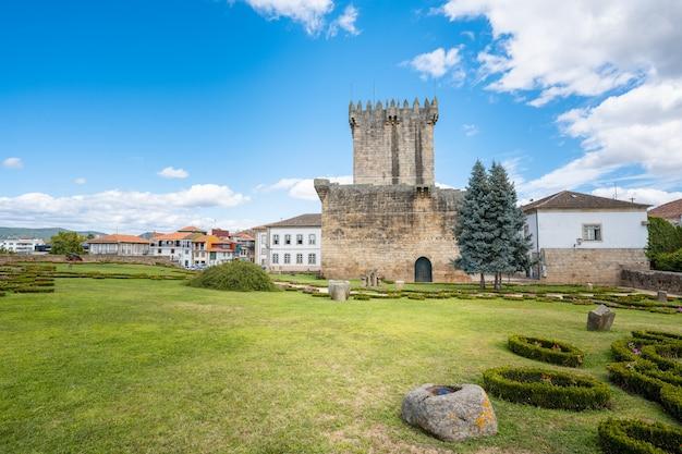 Mantener la torre del castillo en ruinas estructura medievalfue construido por dom dinis en el siglo xiv