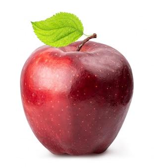 Manzana roja aislada en blanco