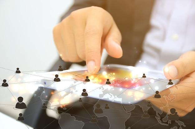 Mapa del mundo conectado, red social, negocios de globalización, redes sociales, concepto de redes.