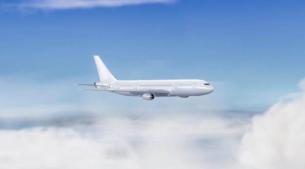 Maqueta de avión volador blanco en blanco en el cielo