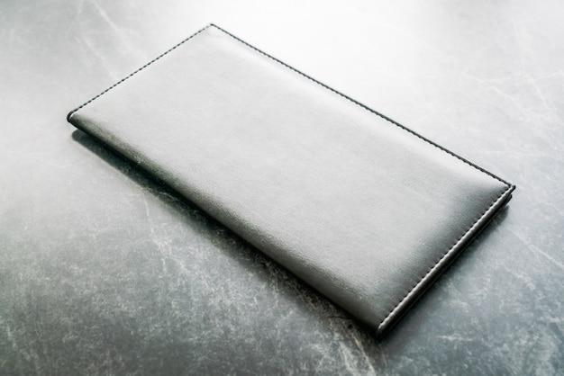 Maqueta libro negro