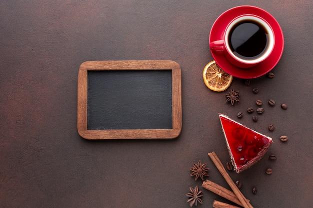 Maqueta de marco con café