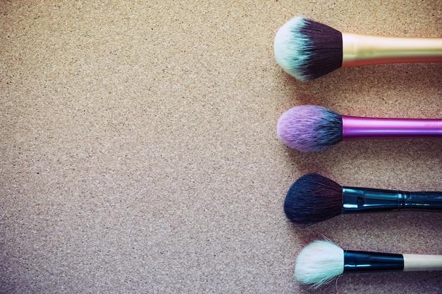 Maquillaje cosmético producto de belleza belleza moda en madera.