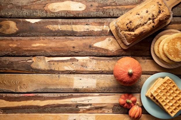 Marco de alimentos de temporada de otoño de vista superior