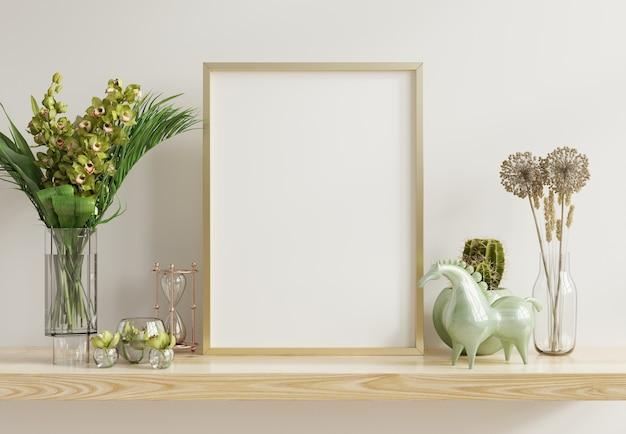 Marco blanco con marco vertical de metal dorado en el estante representación 3d