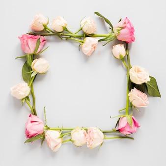 Marco cuadrado floral de primavera de primer plano