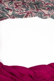 Marco decorativo drapeado del textil.