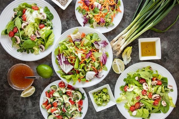 Marco de ensalada saludable