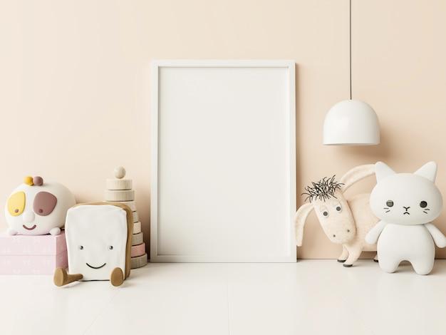 Marco de fotos en blanco en el interior de la habitación del niño, en la pared vacía de color crema, representación 3d