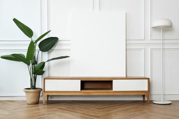 Marco de imagen en un gabinete con interior hogareño escandinavo