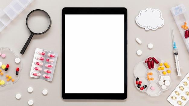 Marco de pastillas con tableta